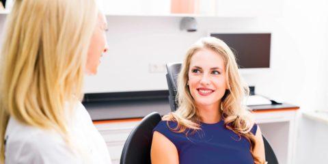 Zahnreinigung, strahlendes Lächeln, Zahnarzt, Zahnklinik Dr. Eichenseer